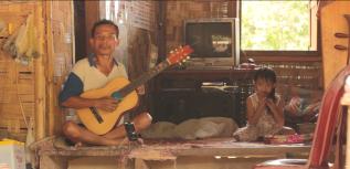 (Laos)